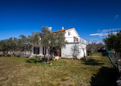 Bujić Apartman 2+1 – Brzac